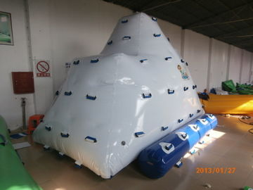 Cina 2 Sides Climbing Inflatable Floating Iceberg For Hotel Or Family Pool pabrik