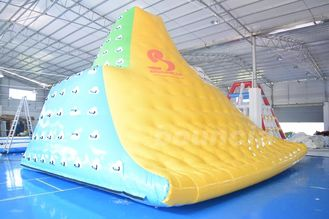 Cina 0.9mm Commercial Grade PVC Tarpauline Durable Inflatable Water Iceberg pabrik