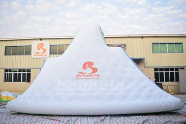 Cina Giant Inflatable Floating Iceberg , Water Climbing Wall For Ocean pabrik