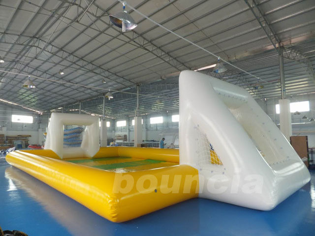 Huge Inflatable Football Field, Air Sealed Inflatable Soap Soccer Field pemasok